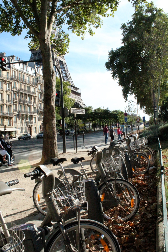 Vélib public bike sharing, Paris, France