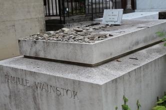 A Jewish grave