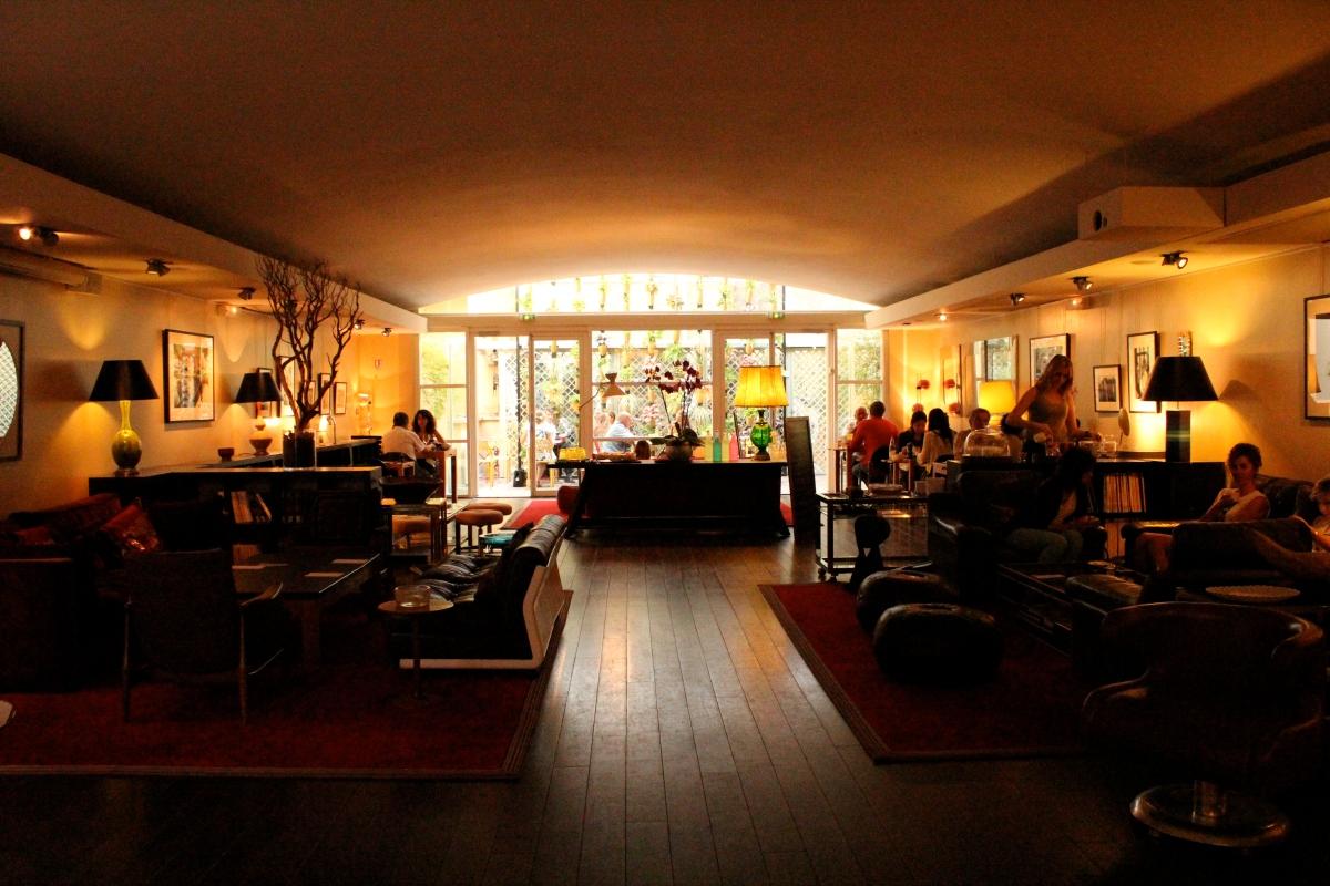 meal drinks and a movie le salon du cin ma du panth on