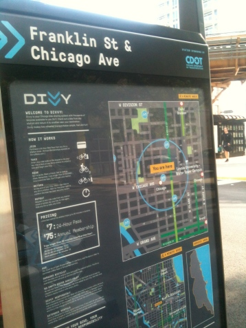 Divvy station, Franklin and Chicago Avenue, Chicago